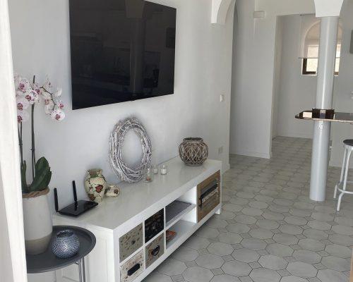 Wohnbereich mit SAT-TV
